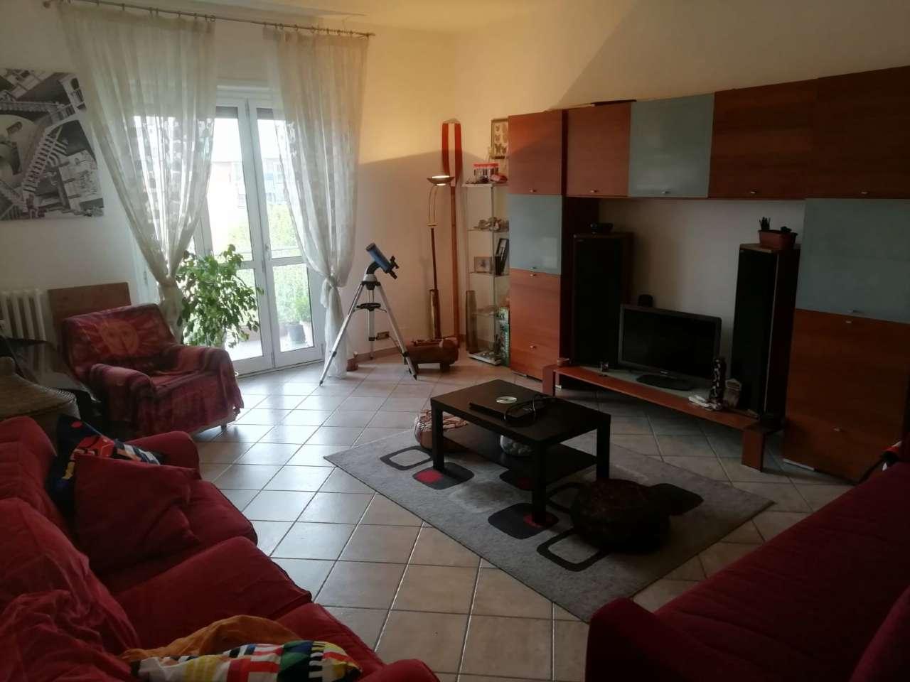Foto 1 di Appartamento corso Francia 153, Collegno