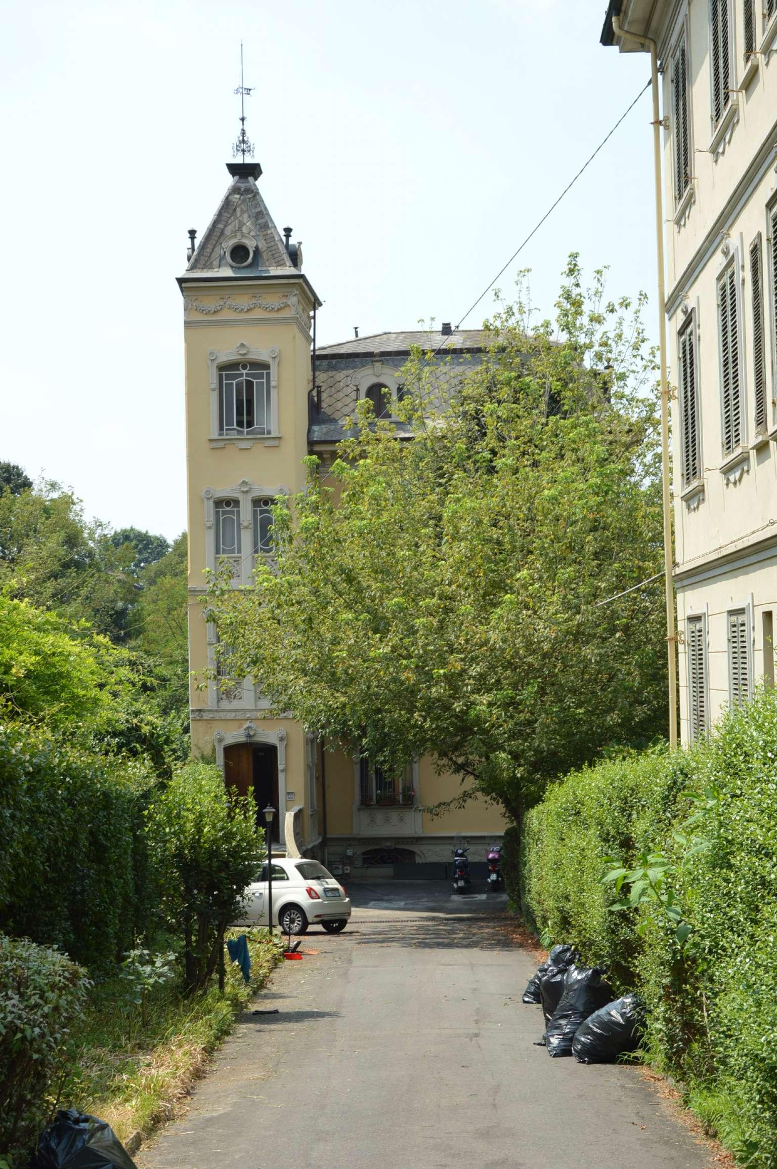 Foto 1 di Casa indipendente via SABAUDIA, Torino (zona Precollina, Collina)