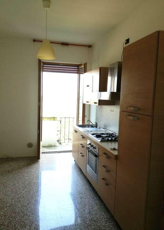 Bilocale Milano Via Albani 1