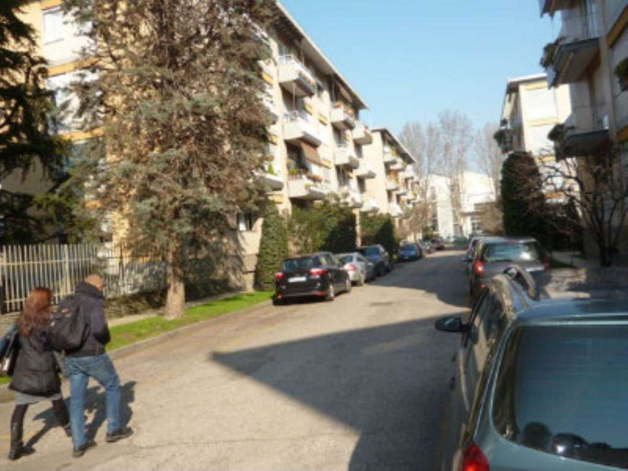 Bilocale Milano Via Fonzaso 9