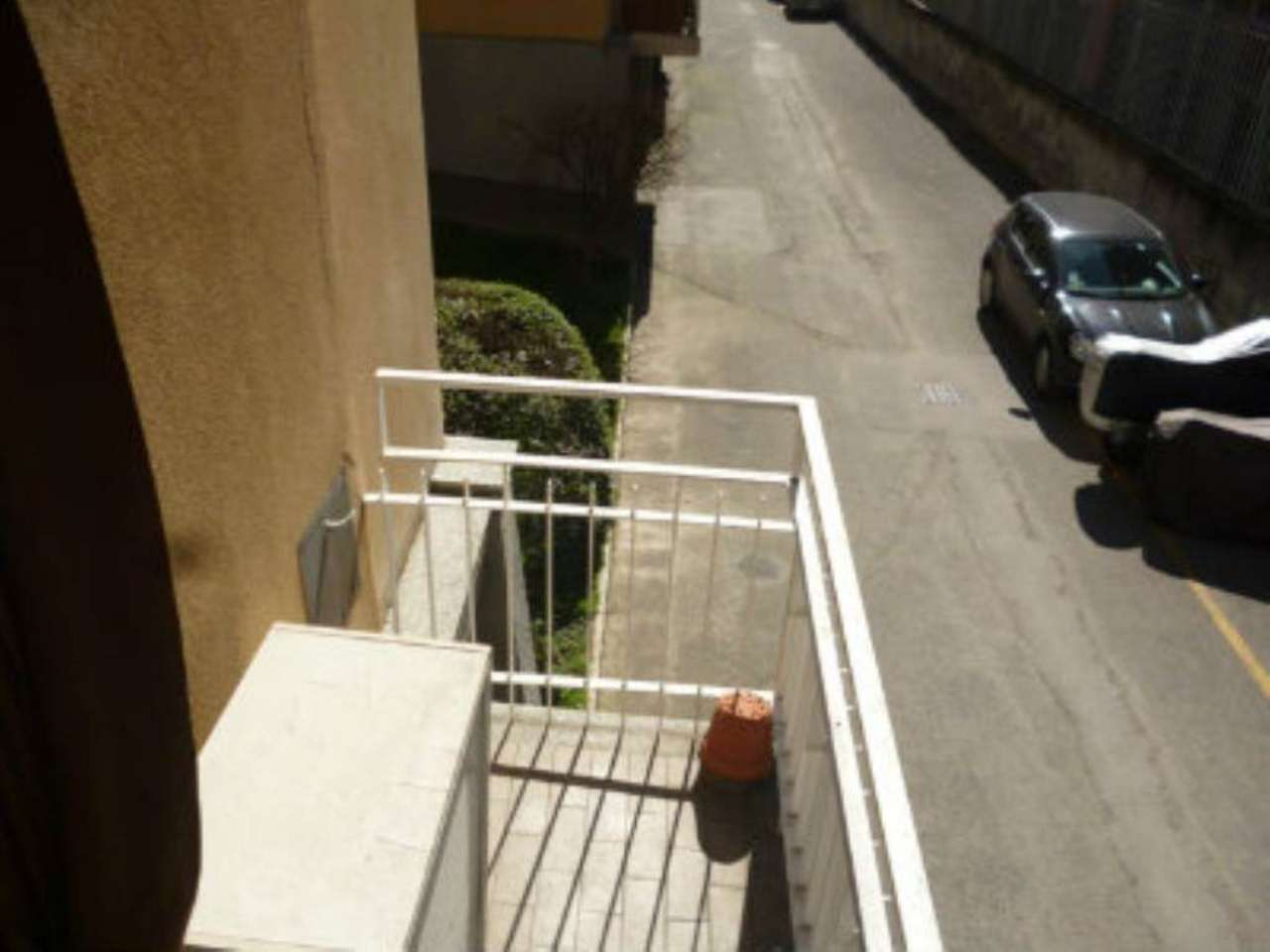 Bilocale Milano Via Fonzaso 11