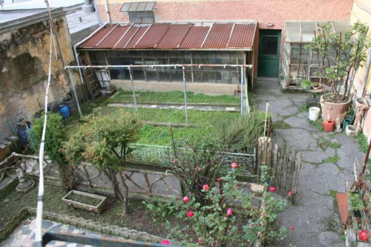 Appartamento in vendita a Campomorone, 6 locali, prezzo € 114.000   CambioCasa.it
