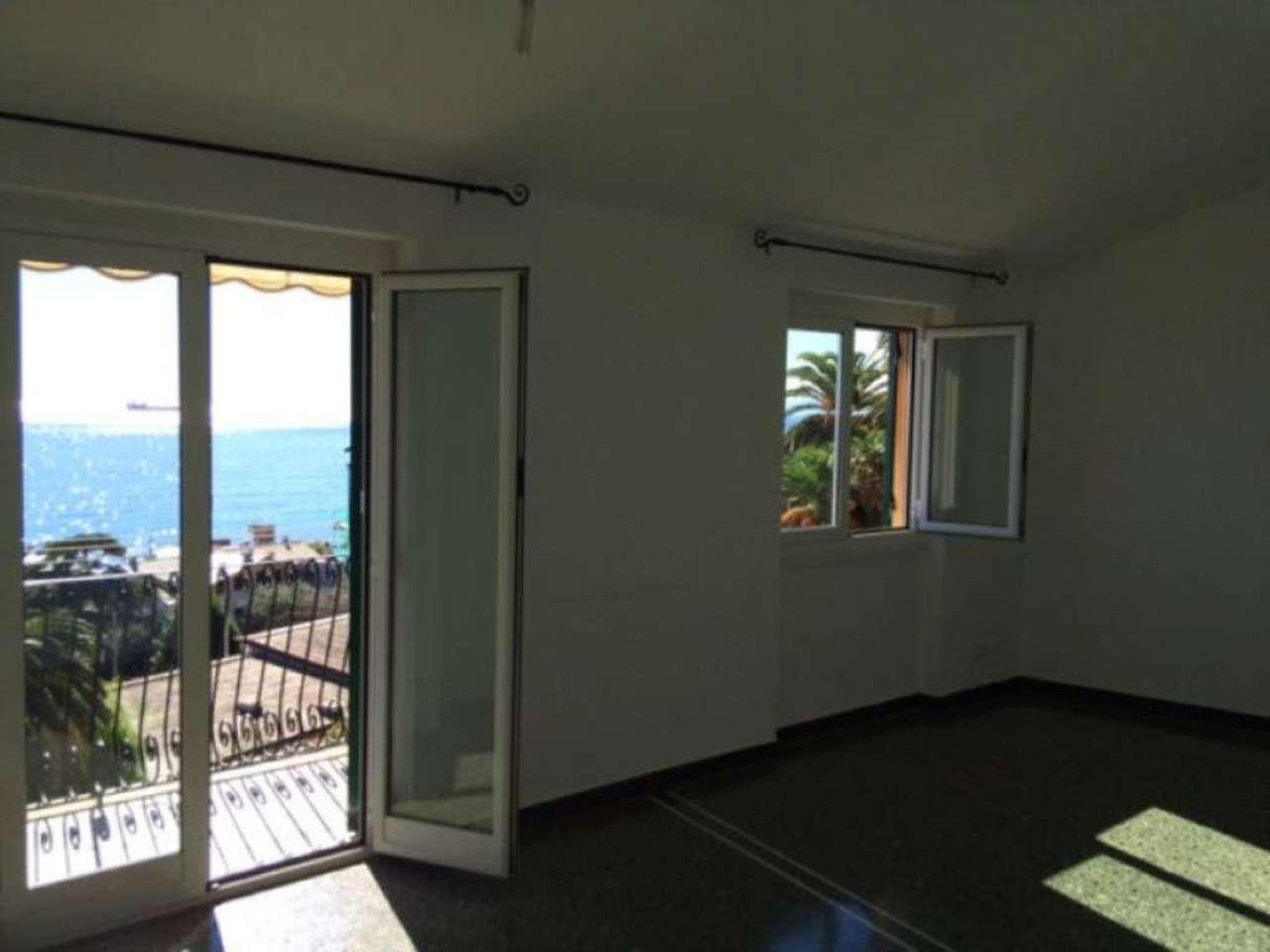 Attico / Mansarda in affitto a Bogliasco, 6 locali, prezzo € 700 | Cambio Casa.it