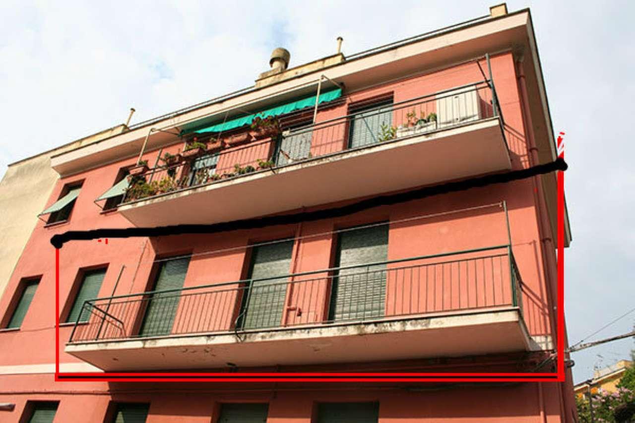 Appartamento in vendita a Bogliasco, 6 locali, prezzo € 230.000 | CambioCasa.it