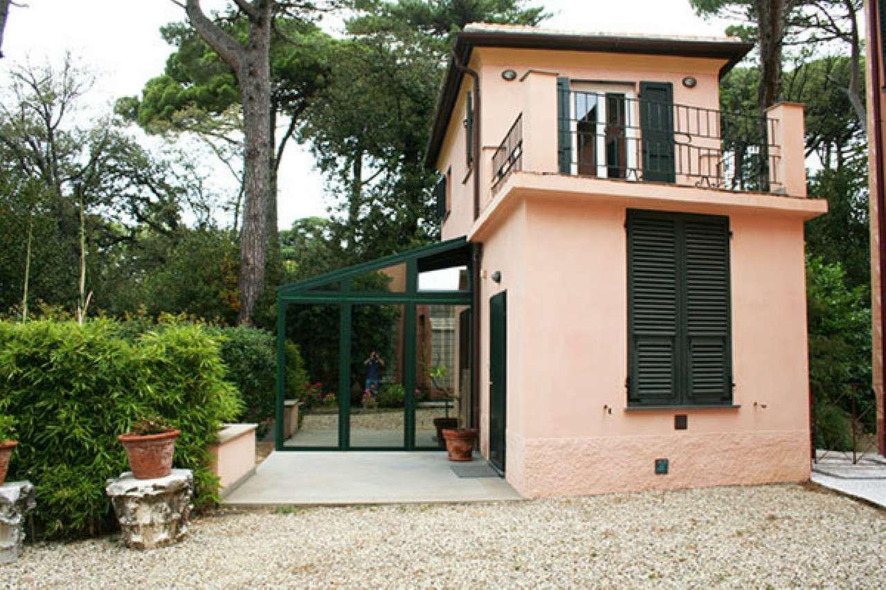 Soluzione Indipendente in affitto a Genova, 4 locali, zona Zona: 19 . Quarto, prezzo € 1.000 | CambioCasa.it