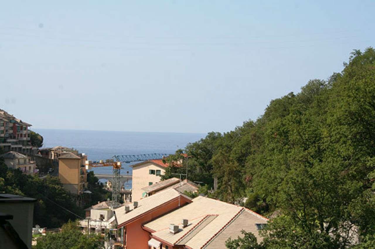 Appartamento in vendita a Bogliasco, 7 locali, prezzo € 290.000 | CambioCasa.it