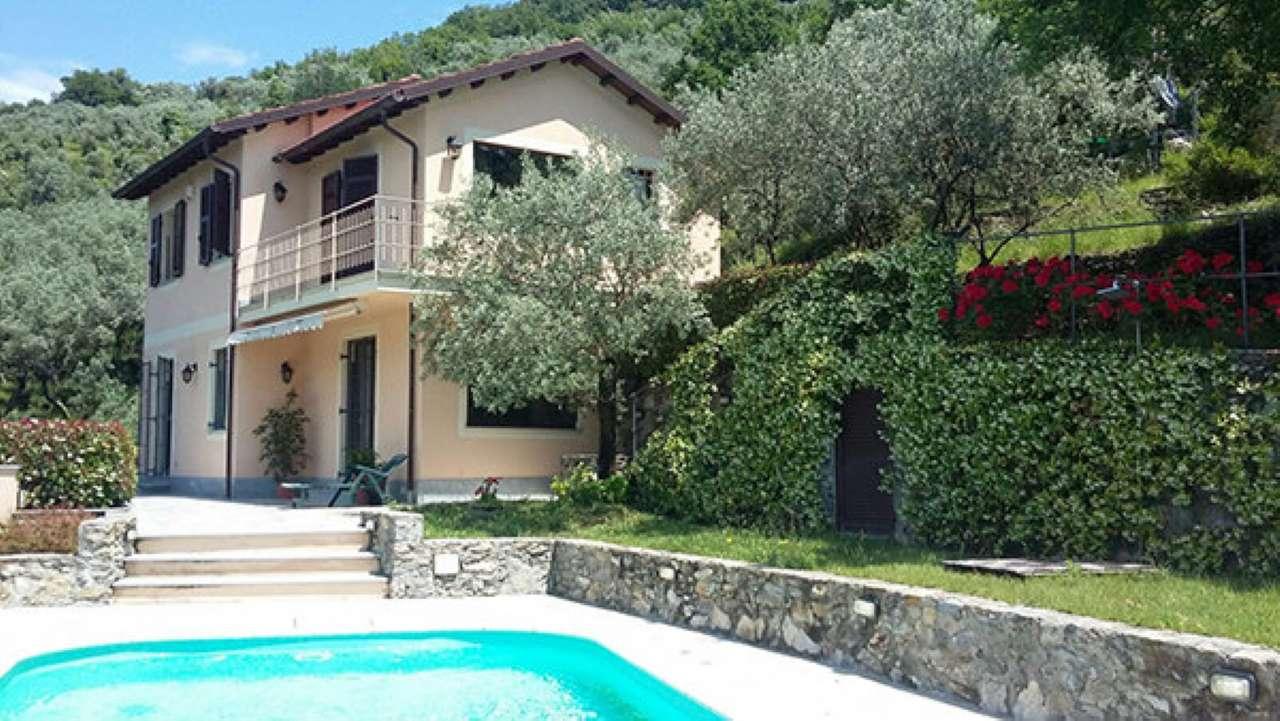 Soluzione Indipendente in vendita a Avegno, 7 locali, prezzo € 720.000   CambioCasa.it