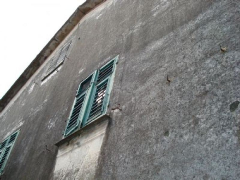 Soluzione Indipendente in vendita a Moconesi, 15 locali, prezzo € 130.000 | CambioCasa.it