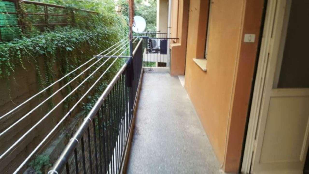 Bilocale Genova Via Del Lagaccio 13