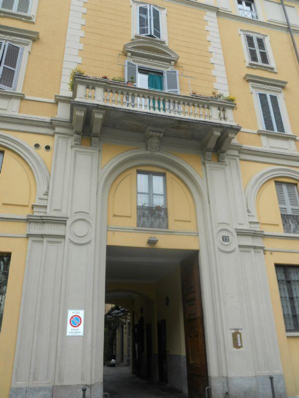 Bilocale Milano Via Marco D'oggiono 3