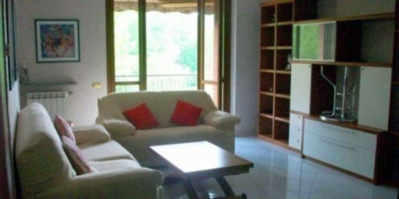 Appartamento in vendita a Vedano Olona, 3 locali, prezzo € 165.000   Cambio Casa.it
