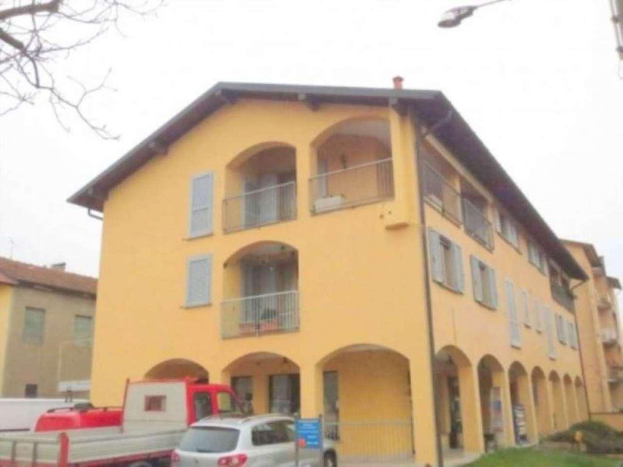 Magazzino in vendita a Malnate, 1 locali, prezzo € 95.000 | Cambio Casa.it