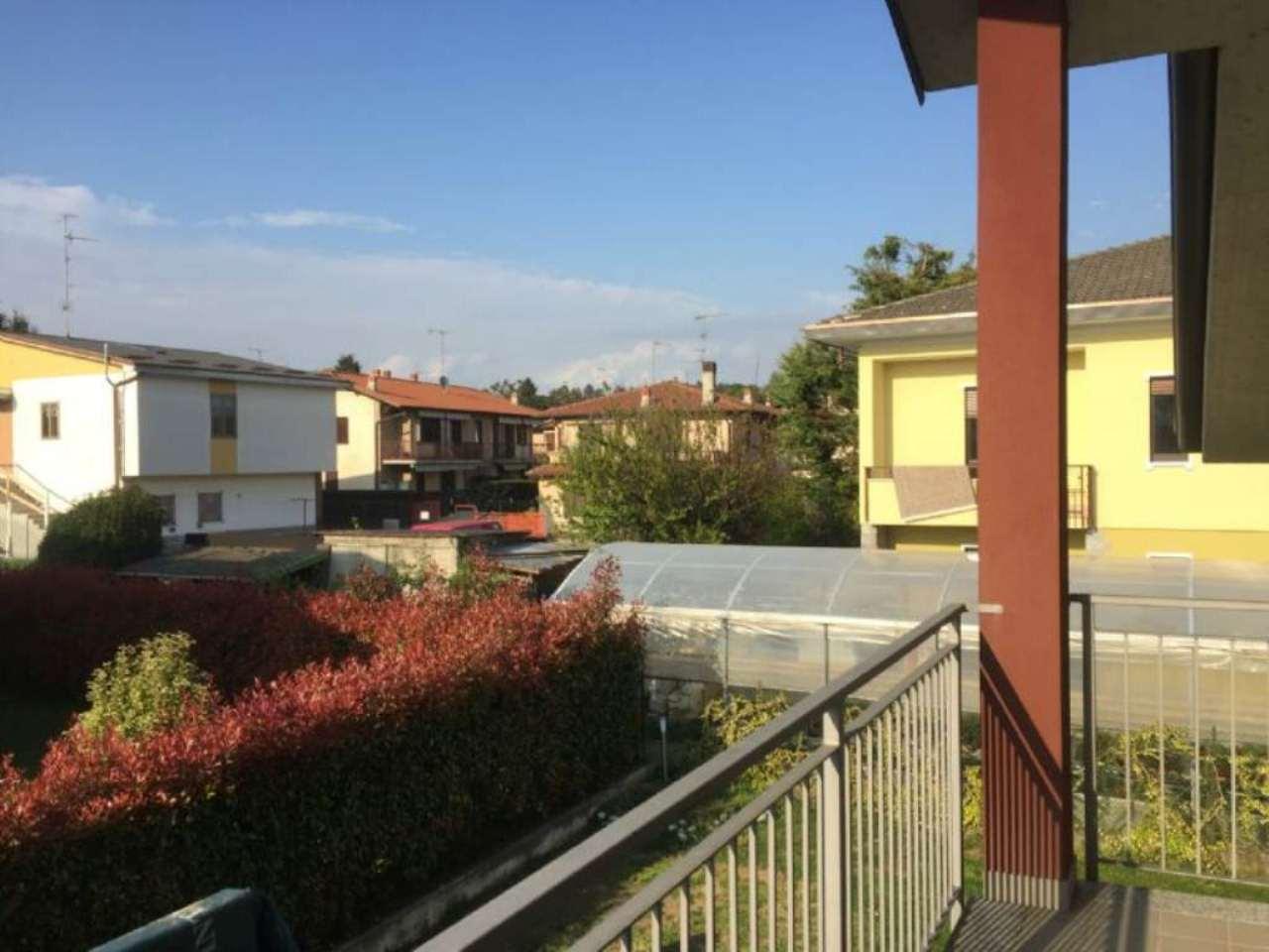 Appartamento in vendita a Venegono Superiore, 3 locali, prezzo € 205.000   Cambio Casa.it