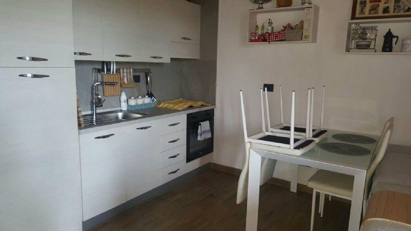 Appartamento in affitto a Castelnuovo Bozzente, 3 locali, prezzo € 700 | Cambio Casa.it