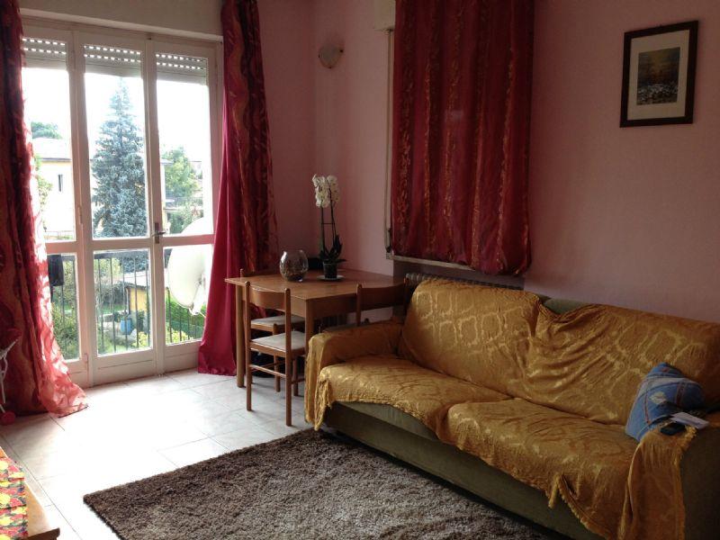 Appartamento in affitto a Malnate, 2 locali, prezzo € 450 | Cambio Casa.it