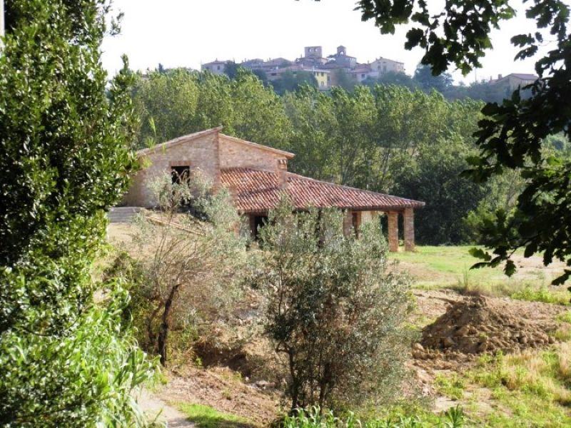 Rustico / Casale in vendita a Todi, 6 locali, prezzo € 380.000 | Cambio Casa.it