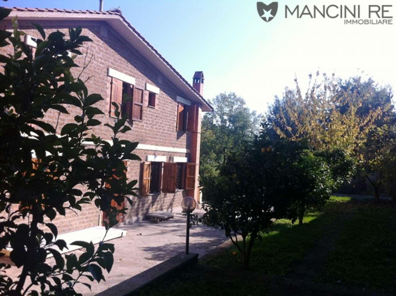 Villa in affitto a Morlupo, 11 locali, prezzo € 4.200 | CambioCasa.it
