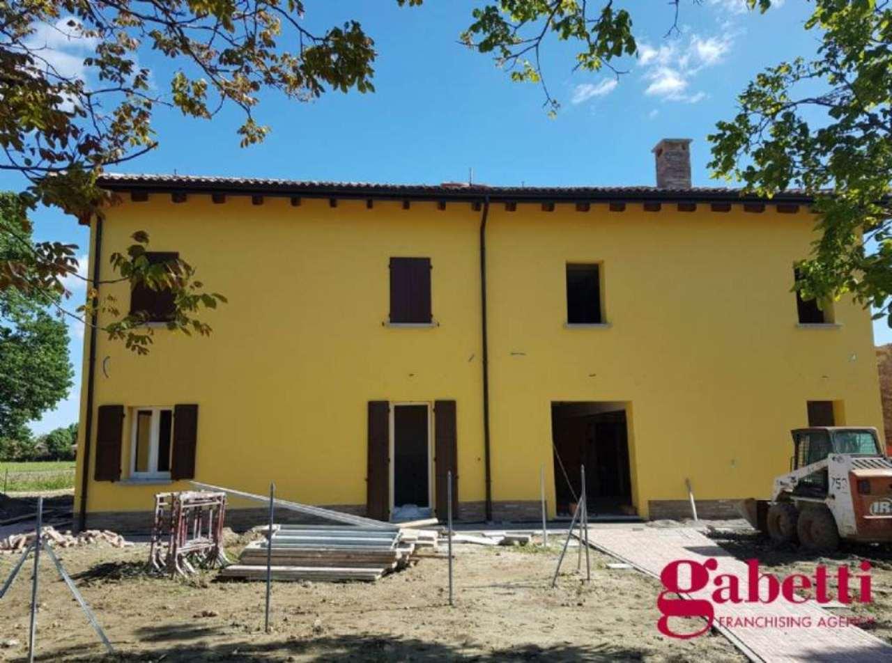Soluzione Semindipendente in vendita a Castel Maggiore, 5 locali, prezzo € 470.000 | Cambio Casa.it