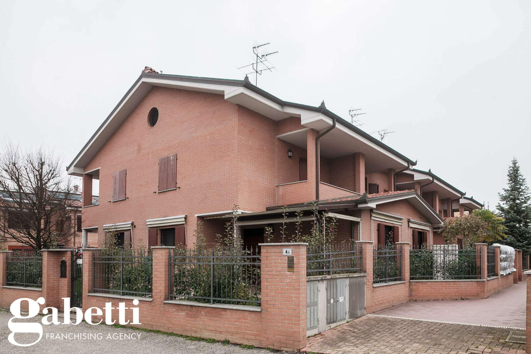 Villa a Schiera in vendita a Argelato, 7 locali, prezzo € 370.000 | Cambio Casa.it