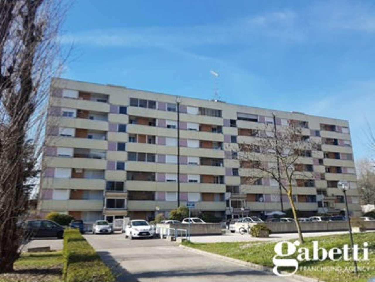 Appartamento in vendita a Castel Maggiore, 2 locali, prezzo € 76.000   CambioCasa.it