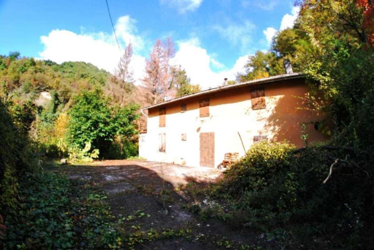 Soluzione Indipendente in vendita a Monte San Pietro, 10 locali, prezzo € 140.000 | Cambio Casa.it