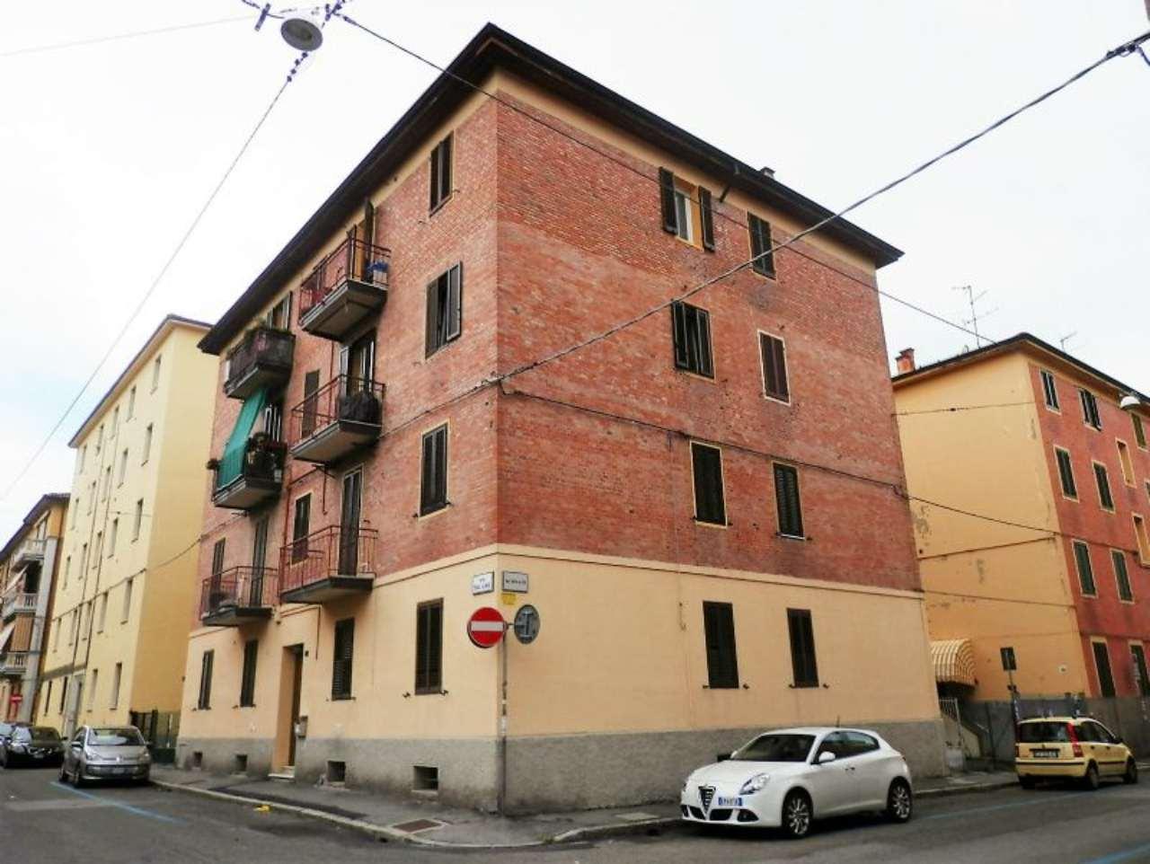 Bilocale Bologna Via Dal Lino 13