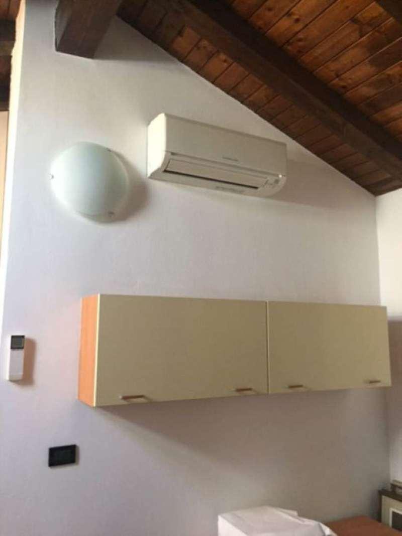 Bilocale Bologna Via Zanardi 4