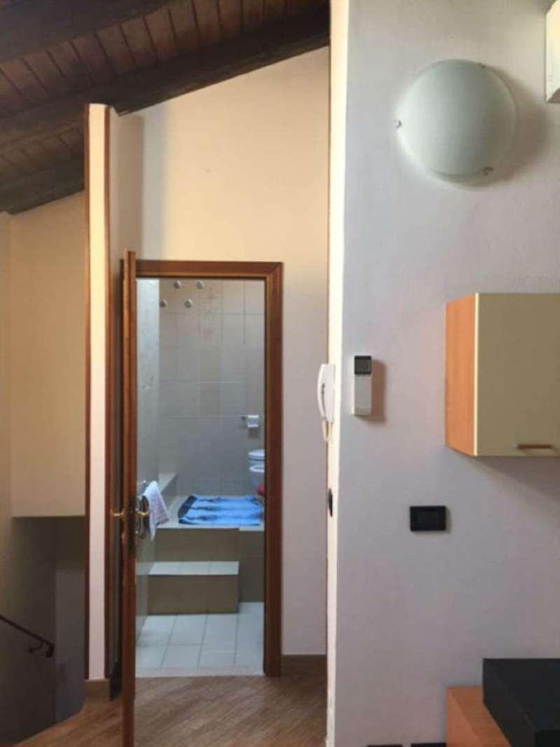 Bilocale Bologna Via Zanardi 5