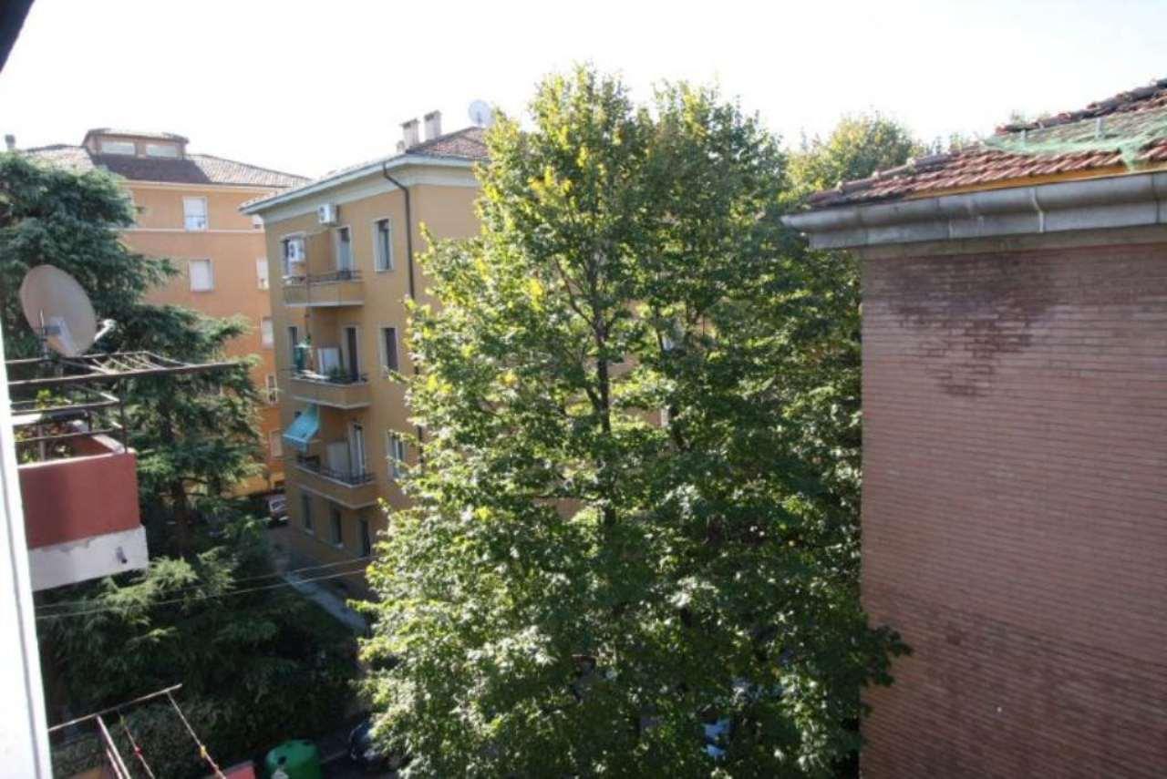 Bilocale Bologna Via Dei Lamponi 3