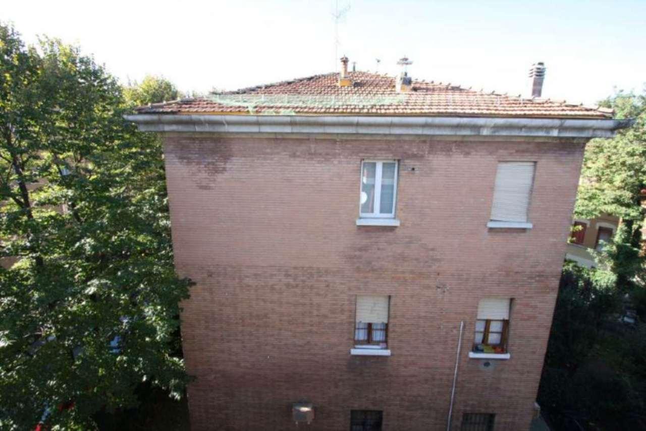 Bilocale Bologna Via Dei Lamponi 4
