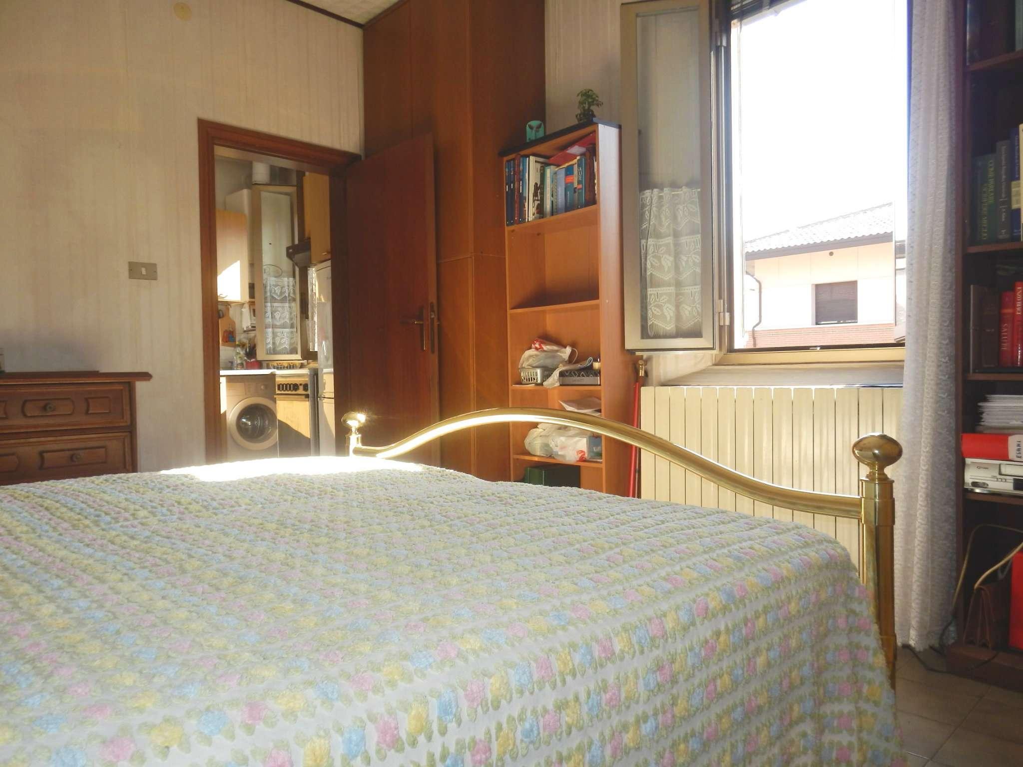 Bilocale Bologna Via Emilia Ponente 7