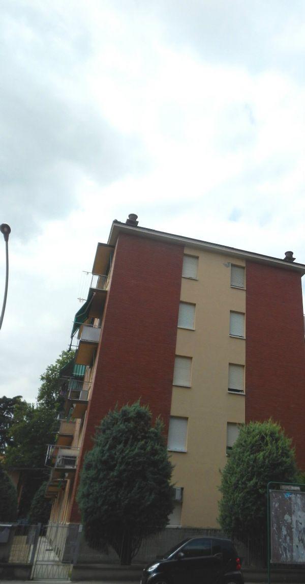 Bilocale Bologna Via Martin Luther King 3