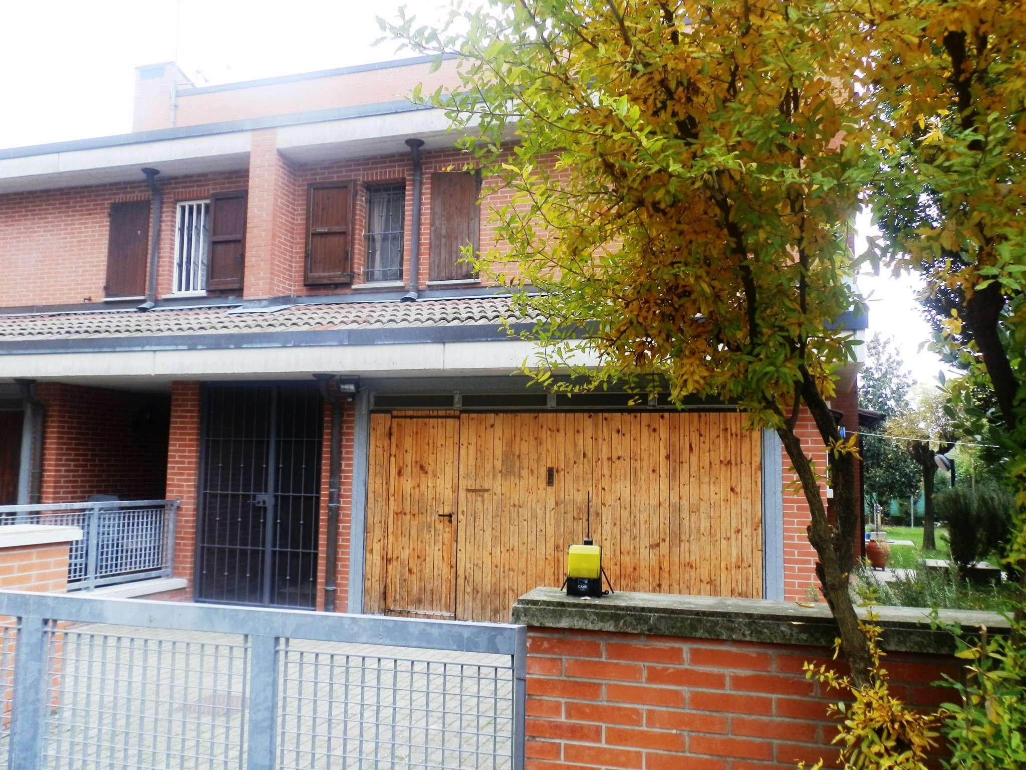 Villa Bifamiliare in vendita a San Giorgio di Piano, 6 locali, prezzo € 285.000 | CambioCasa.it