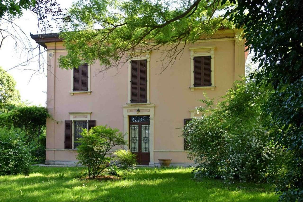 Villa in vendita a Argelato, 8 locali, prezzo € 440.000 | CambioCasa.it