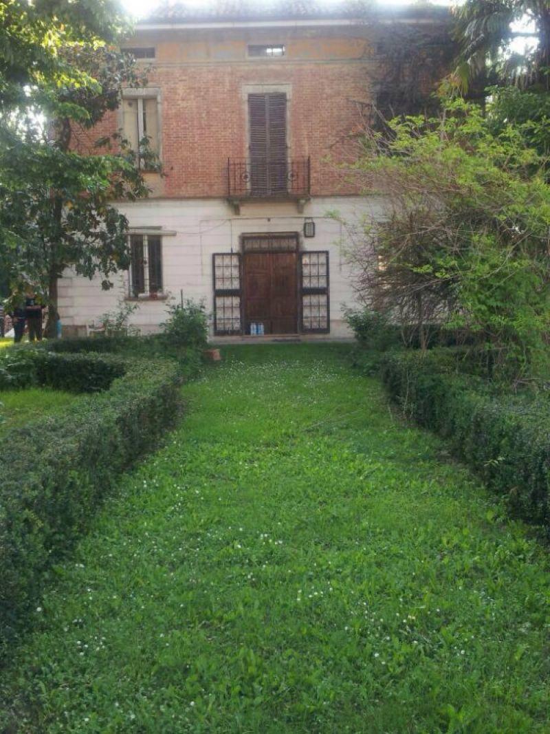 Villa in vendita a Castello d'Argile, 6 locali, prezzo € 175.000 | Cambio Casa.it