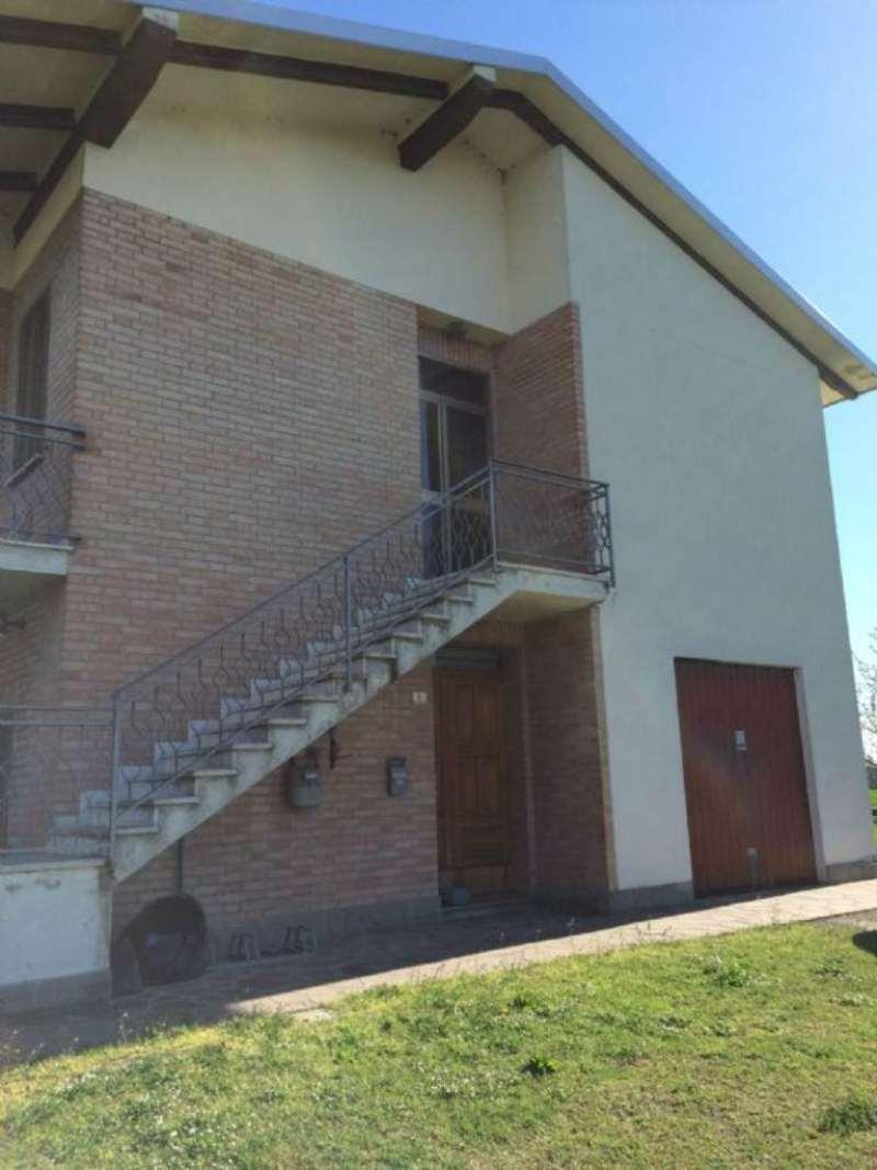 Soluzione Indipendente in vendita a Argelato, 8 locali, prezzo € 250.000 | Cambio Casa.it