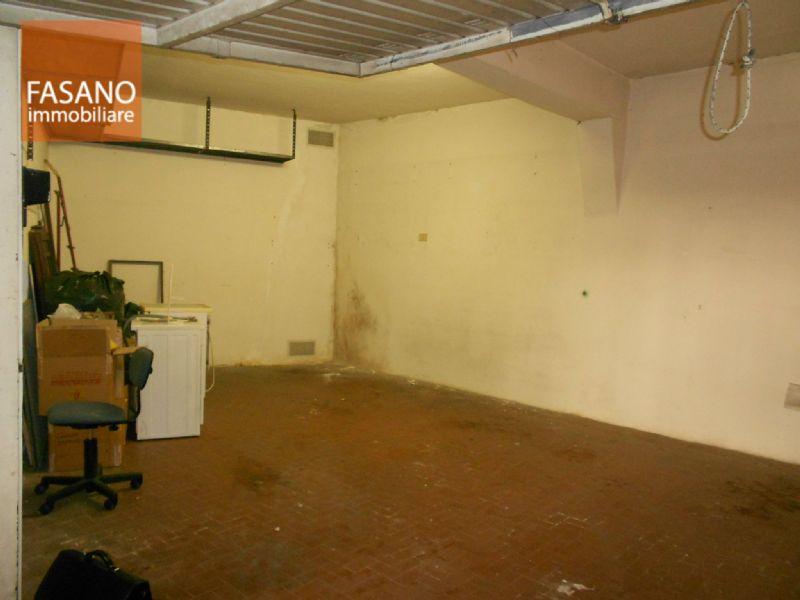Box / Garage in vendita a Torino, 1 locali, zona Zona: 16 . Mirafiori, prezzo € 29.000 | Cambiocasa.it