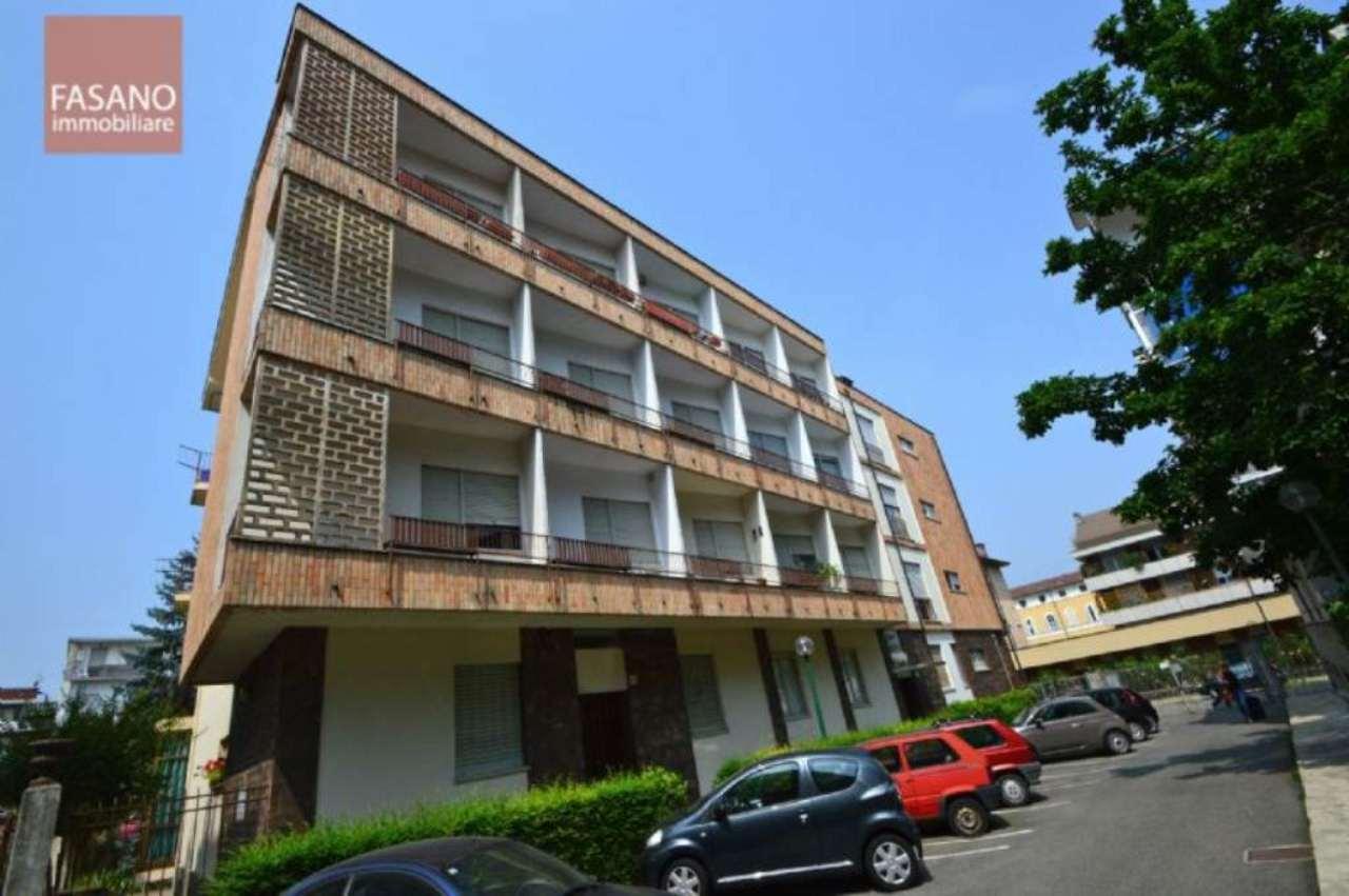 Bilocale Torino Via Luisa Del Carretto 1