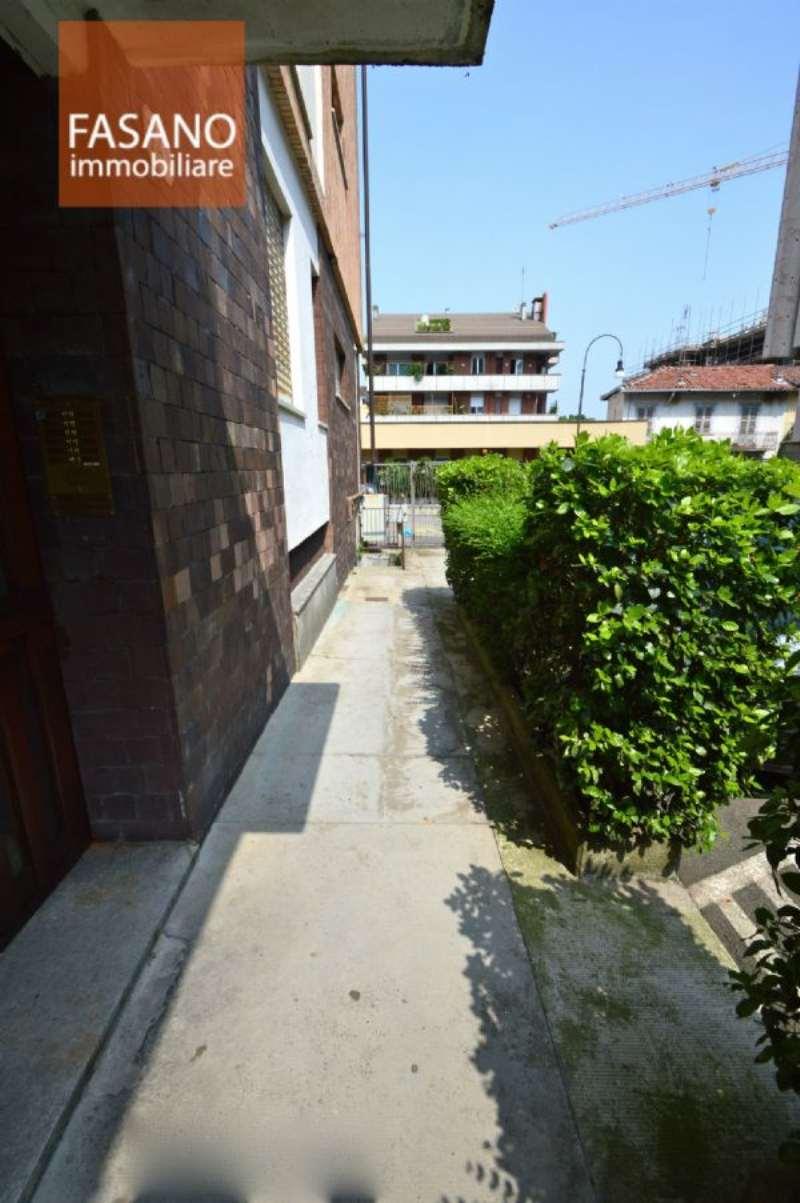 Bilocale Torino Via Luisa Del Carretto 2