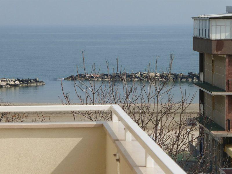 Affitto bilocale Rimini P1120570