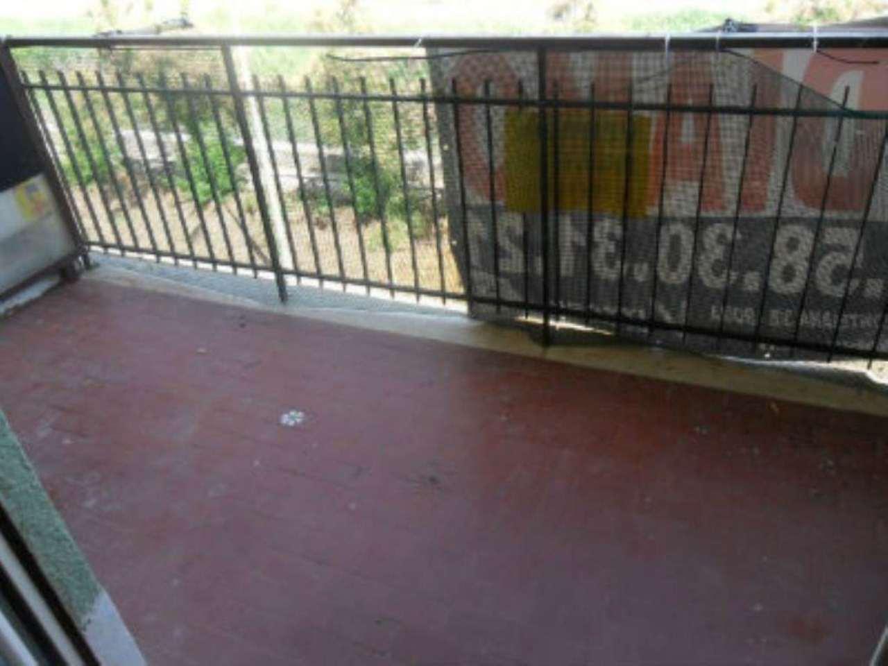 Bilocale Ladispoli Via Del Lavatore 9