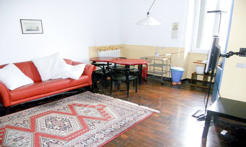 Affitto bilocale Milano Via Faenza 001