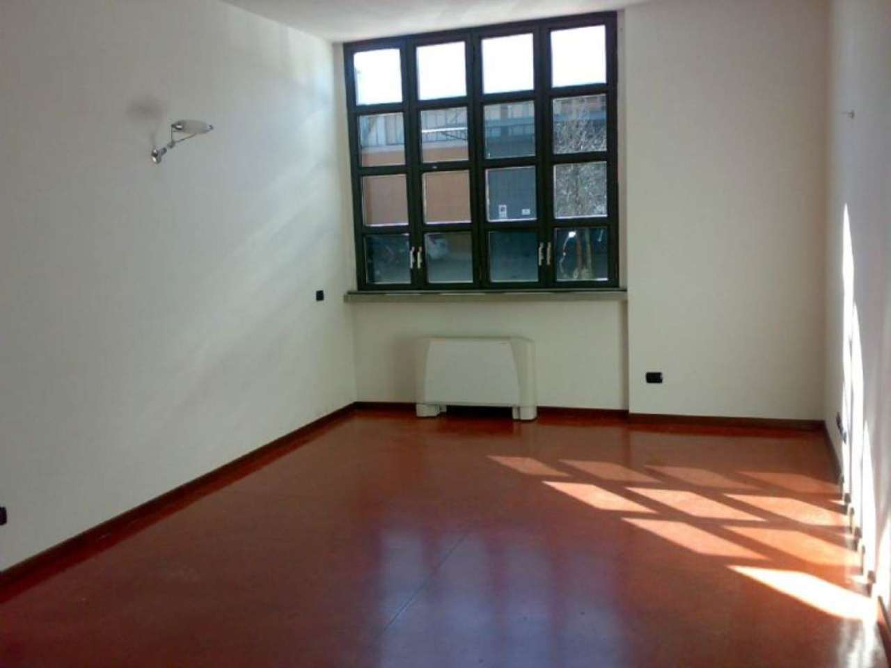 Bilocale Milano Via Mecenate 3