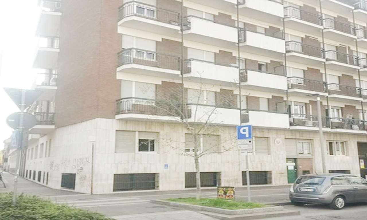 Ufficio-studio in Affitto a Milano 29 Certosa / Bovisa / Dergano / Maciachini / Istria / Testi: 900 mq