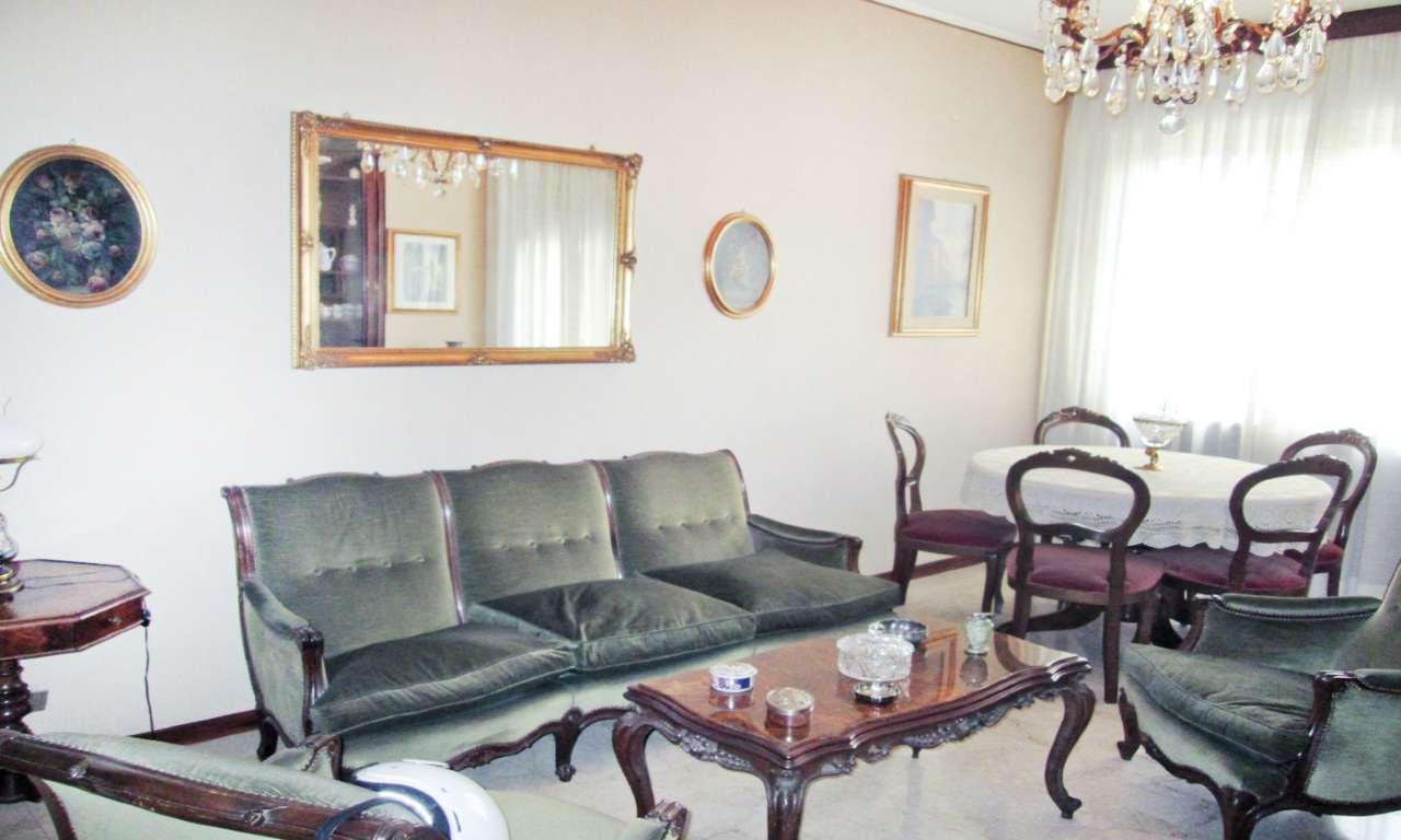 Appartamento in Affitto a Milano 18 Ippodromo / San Siro / Zavattari:  3 locali, 100 mq  - Foto 1