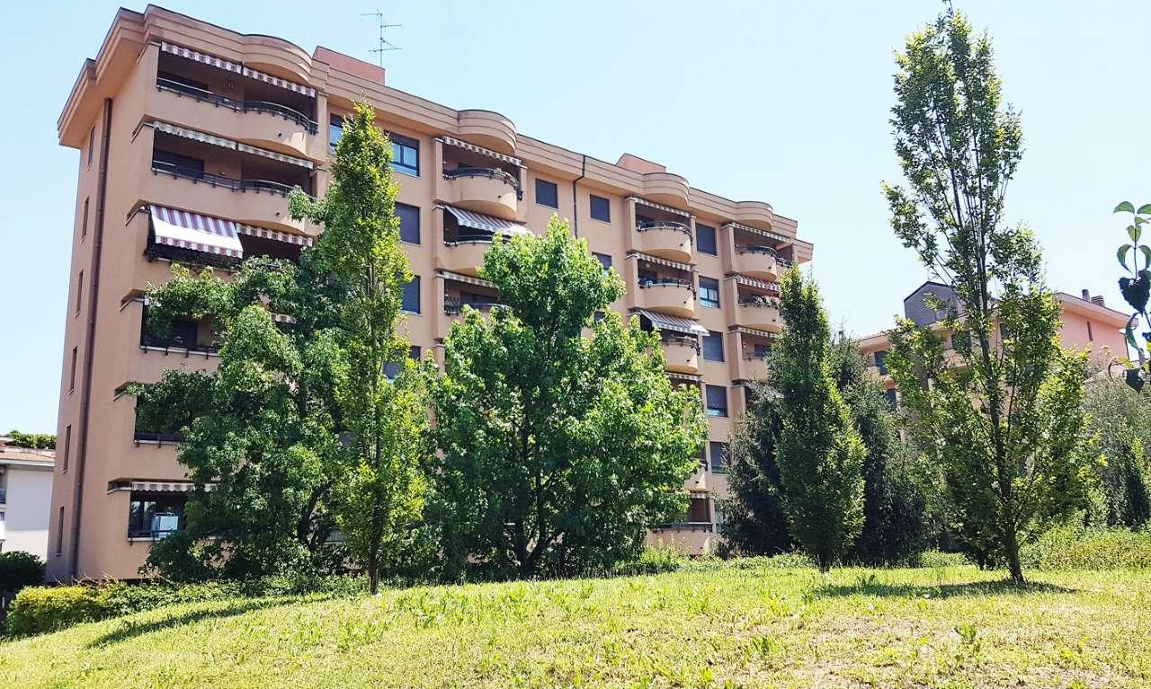 Appartamento in Vendita a Monza: 3 locali, 97 mq