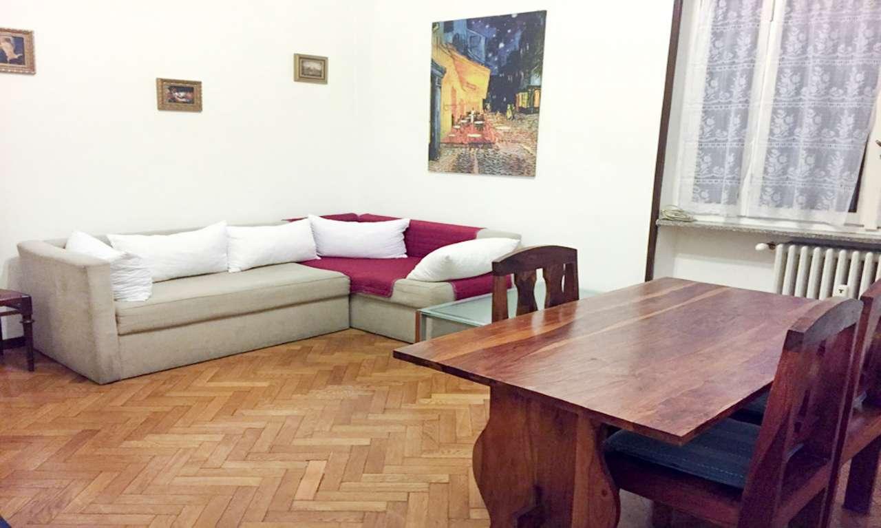 Appartamento in affitto a milano via lorenteggio for Appartamento design affitto milano
