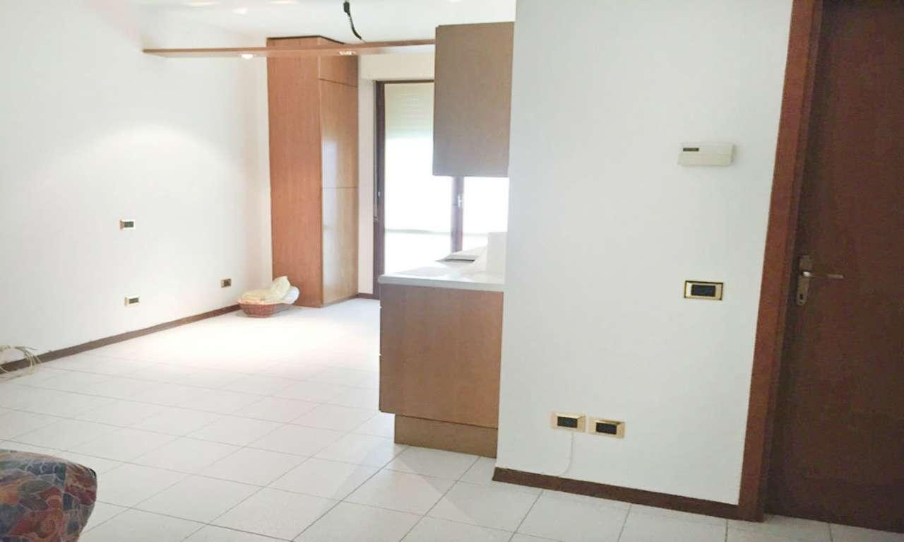 Appartamento in Vendita a Cornaredo: 2 locali, 55 mq