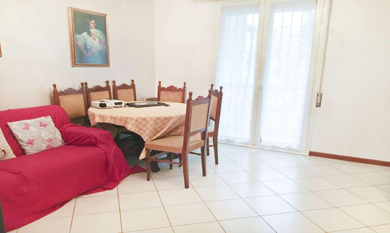 Appartamento in Vendita a Milano 18 Ippodromo / San Siro / Zavattari: 3 locali, 90 mq