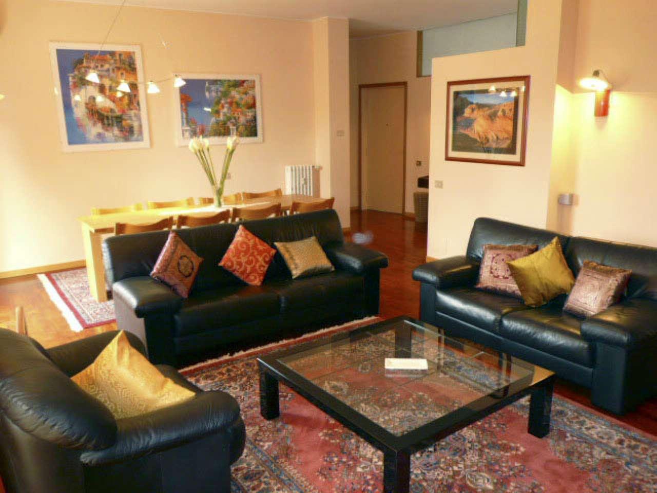 Appartamento in Affitto a Milano 29 Certosa / Bovisa / Dergano / Maciachini / Istria / Testi: 4 locali, 142 mq